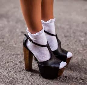 sandalo con calzino