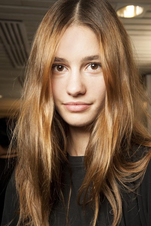 simpele kapsels lang haar - Simpele kapsels die je in 5 minuten kunt maken Beautyblog