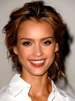 Jessica Alba's hair color, so gorgeous