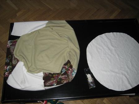 El taller de mizzae c mo hacer un puff redondo - Como rellenar un puff ...