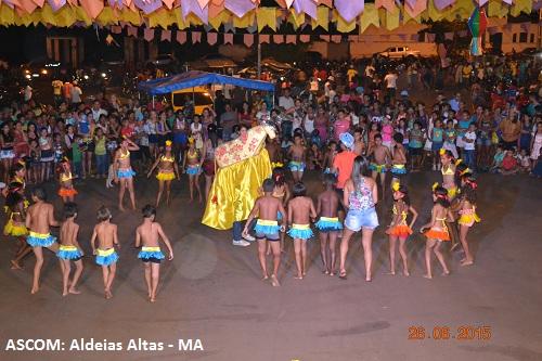 Aldeias Altas se veste de várias cores no terceiro dia de festança junina
