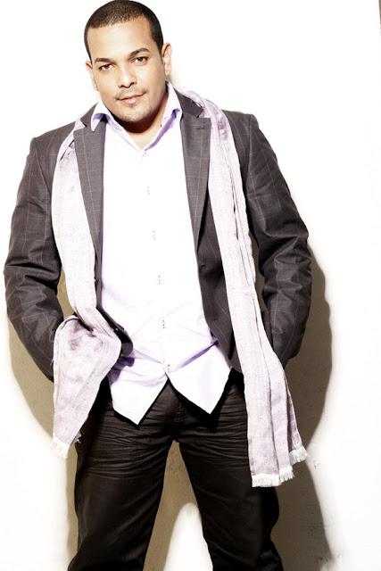 ► Yan Collazo Prenominado  a los Grammy Latinos