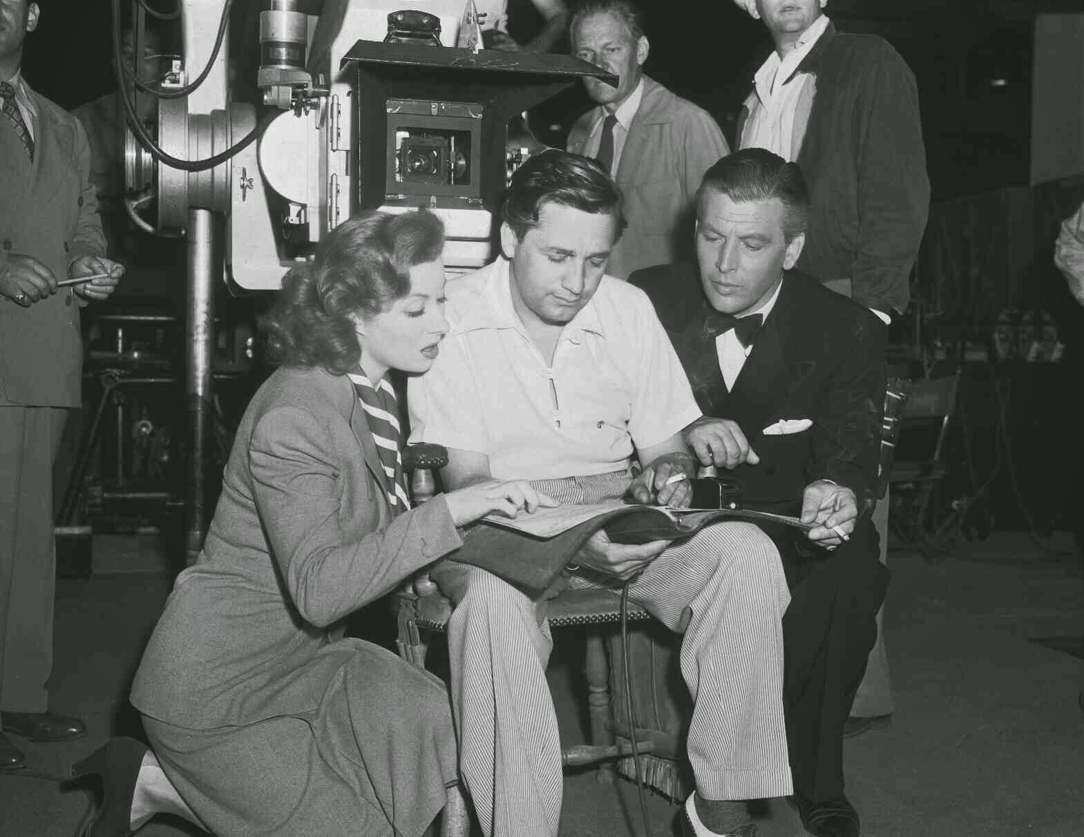 Garson And LeRoy (center) Behind The Scenes