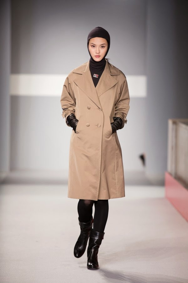AgnesB, Agnes-B, Agnes-B-Fall-Winter-2014, Agnes-B-Automne-Hiver-2014,  Agnes-B-Womenswear,  fall-winter-2014, automne-hiver-2014, dudessinauxpodiums, du-dessin-aux-podiums, fashion, mode, pfw, pfwreview, paris-fashion-week, fashion-week, fashion-week-2014, paris-fashion-week-2014, paris-fashion-week-review, evening-dresses, blog-mode, cocktail-dresses, dresses-online, plus-size-dresses, ladies-dresses, womenswear, mode-a-paris, designer-dresses, site-vetement-femme, robes-sexy, sexy-clothes, robe-guess, robe-classe