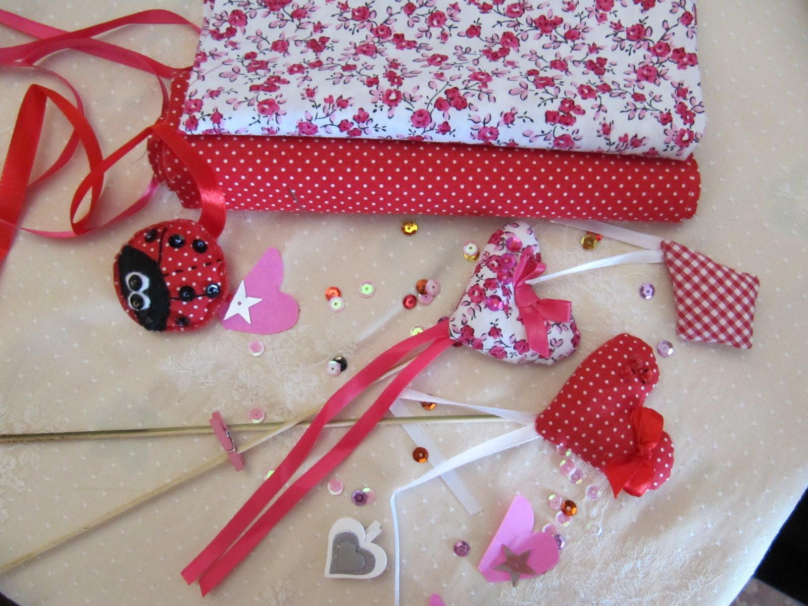 De tot un poc corazones de tela para decorar - Telas para decorar ...