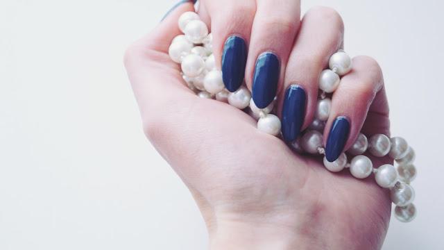 Steel blue - paznokcie w niebieskim odcieniu
