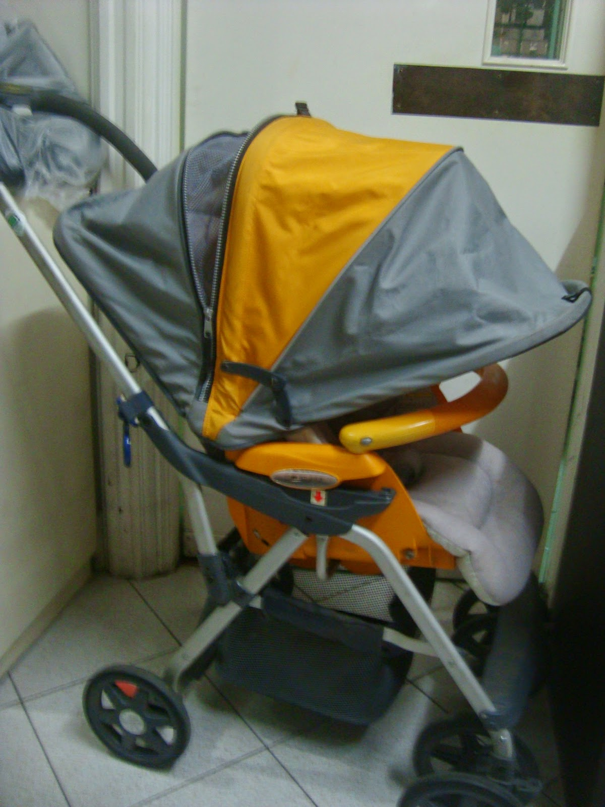 MommysLove4Baby143: Combi 2in1 Orange removable carrier stroller ...