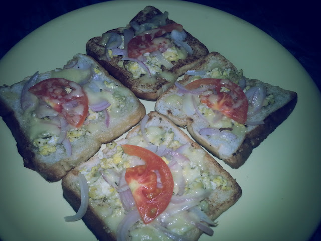 bread pizza,recipe,homemade,easy