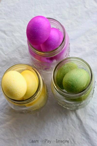 Simple recipe for homemade egg dye