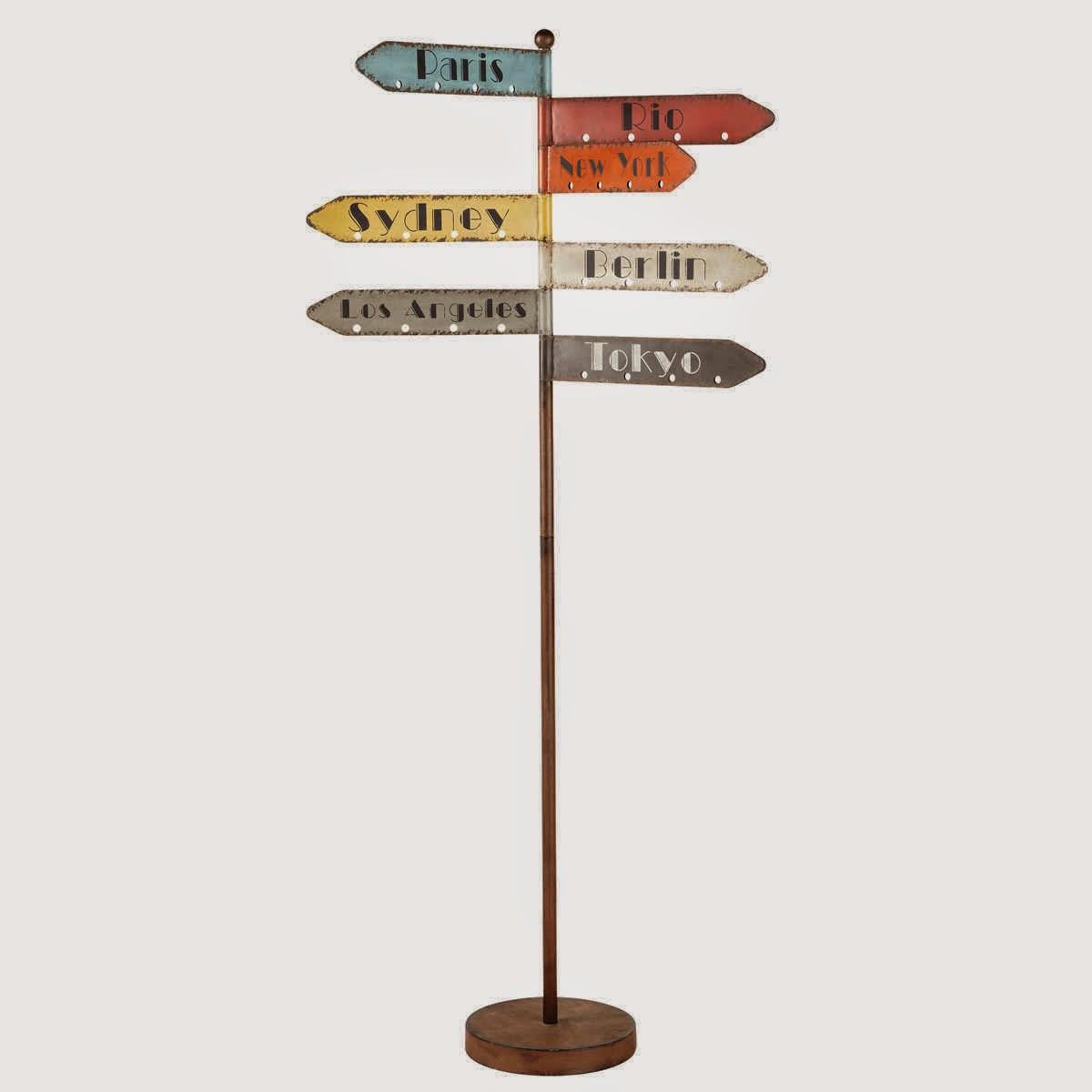 perchero de pie con forma de señales maison du monde