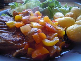 Biefstuk Provençaalse saus aardappelen Airfryer sla tomaat