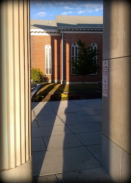 Essex County, Superior Court, Salem, Massachusetts, shadow, columns