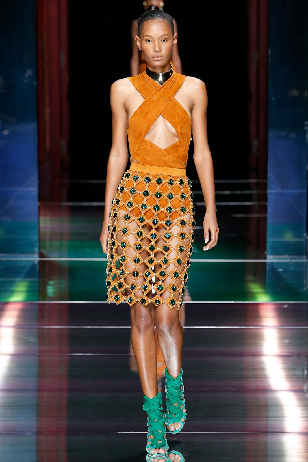 Paris Fashion Week, Spring 2016, Ready to Wear, pfw, rtw, runway fashion, balmain, suede, jewelled skirt