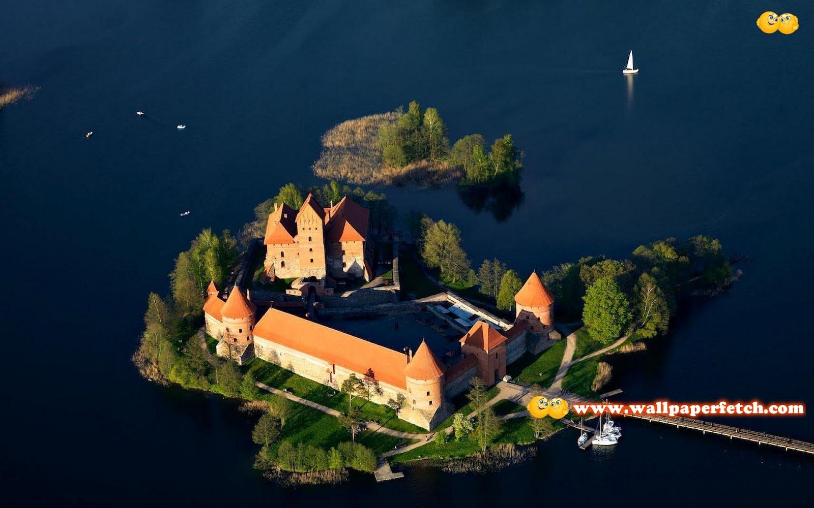 http://1.bp.blogspot.com/-vGnnQu2iGfY/T1S6Rx2TFzI/AAAAAAAAN8Q/lbZc1jjOOco/s1600/trakai-island-castle-10556-1920x1200.jpg