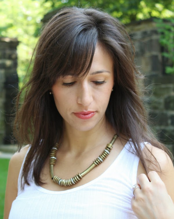 max and chloe gold necklace