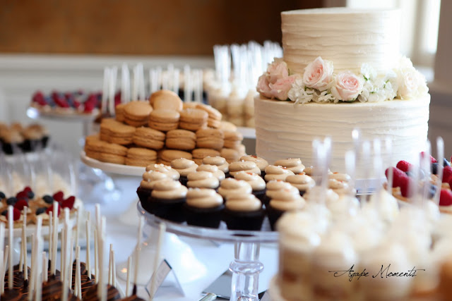 Cupcakes and French Macarons for Wedding Minnesota