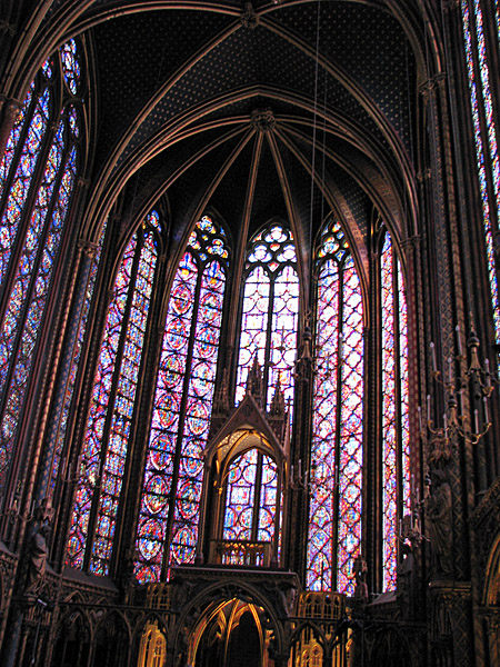 Adventures with KCG: The Relics of Sainte Chapelle & Notre Dame