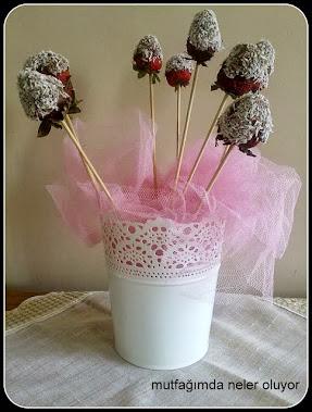 Çikolatalı Çiçek Demeti Yapımı