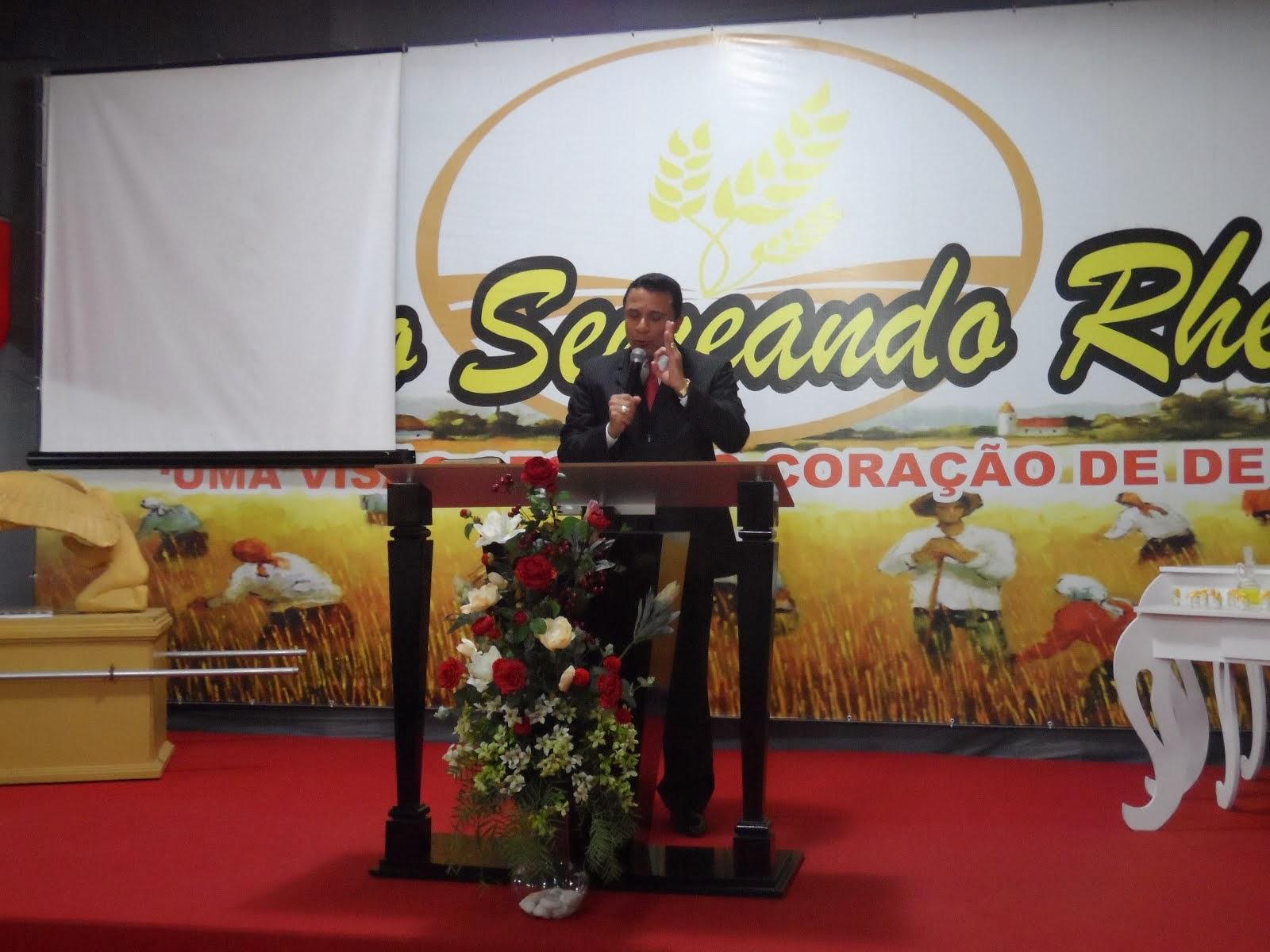 Dia 08/11/13 - Preletor Pr. Marcos Mansur (Batista Ren. Cach. Itapemirim)