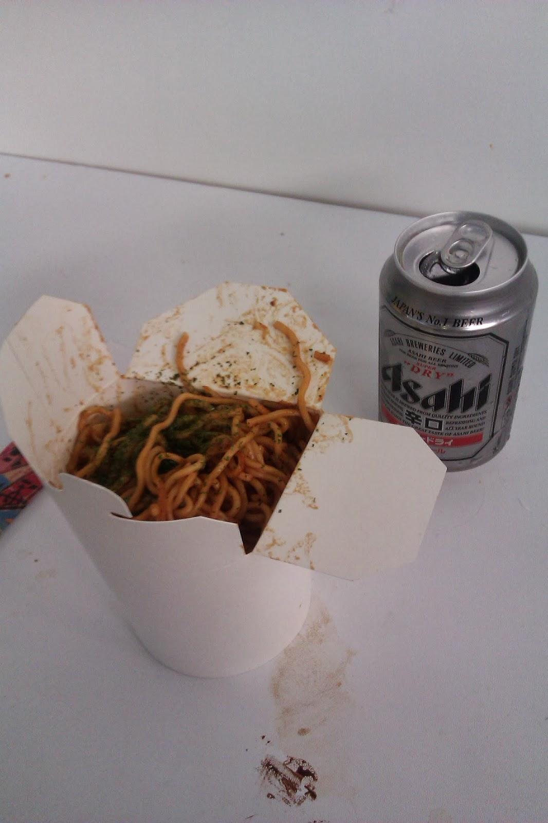 Yakisoba & Asahi Beer