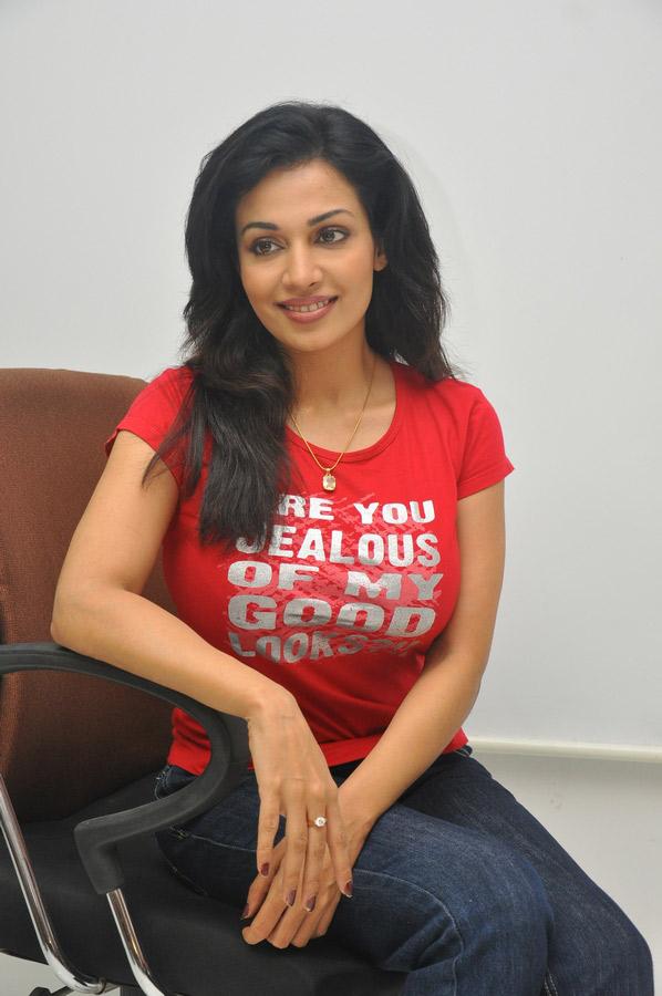 Asha Saini - News, Videos, Photos and Filmography ...