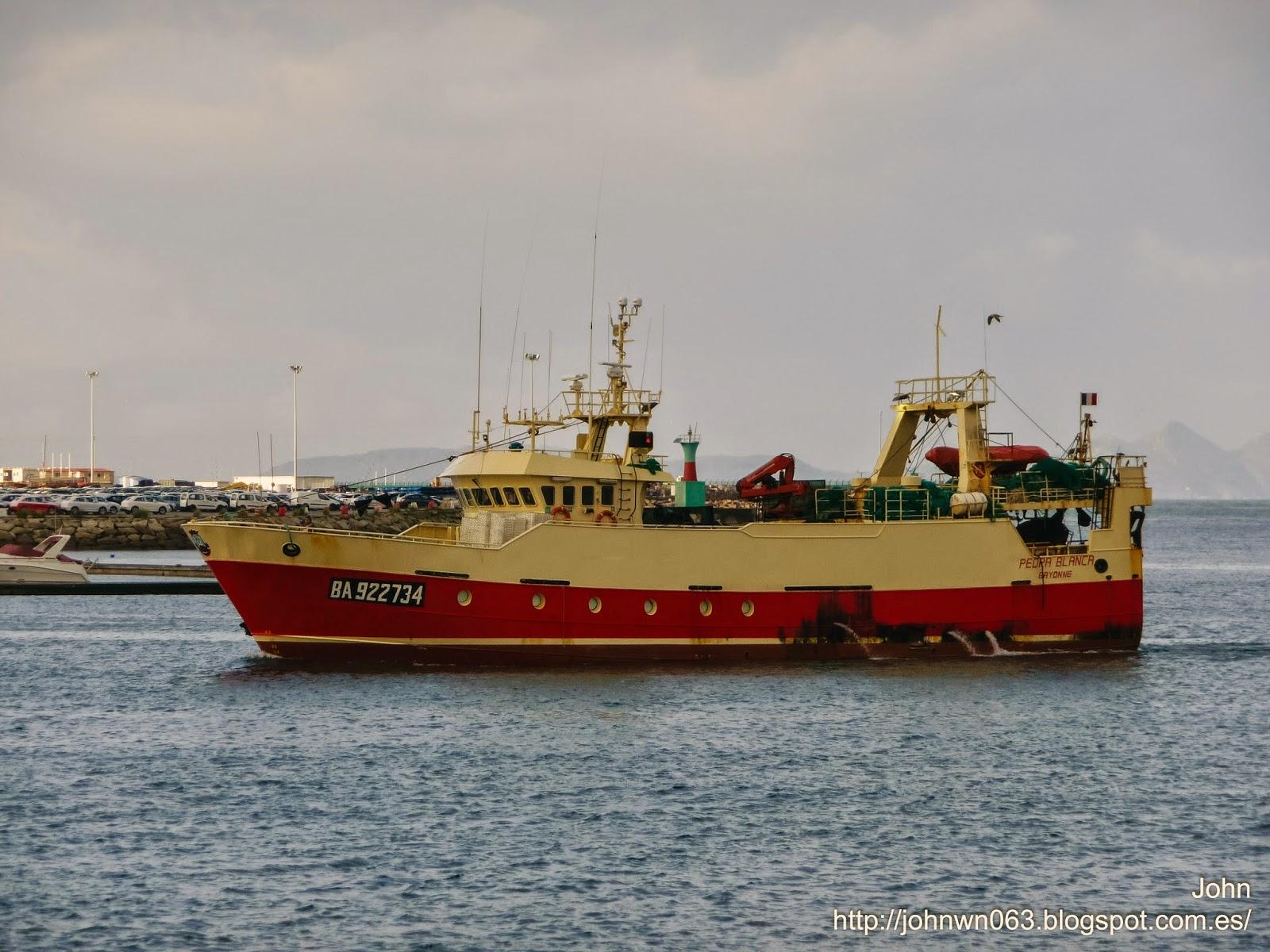 fotos de barcos, imagenes de barcos, pedra blanca, astilleros armada, pesquero, vigo