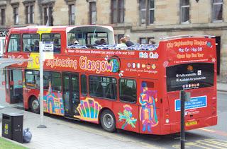 view of-sightseeing-bus-tour-glasgow