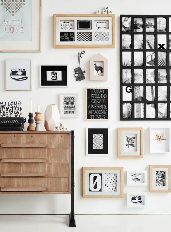 concevoir un mur de cadres. Black Bedroom Furniture Sets. Home Design Ideas