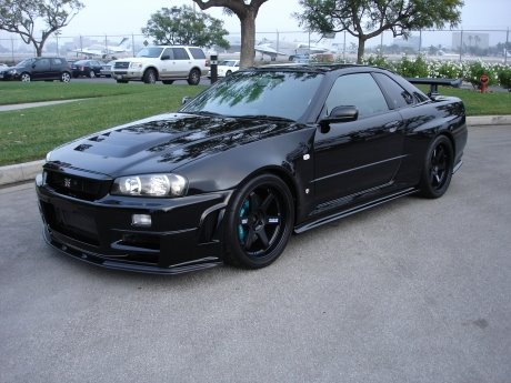 Waiting On R34 Gt R The 25 Year Old Nissan Skyline Gt R Story