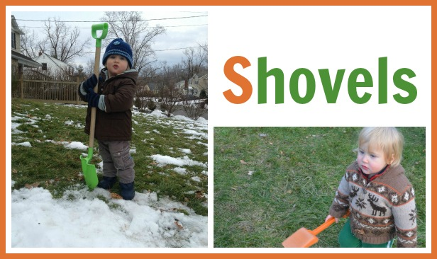 kids digging with shovels