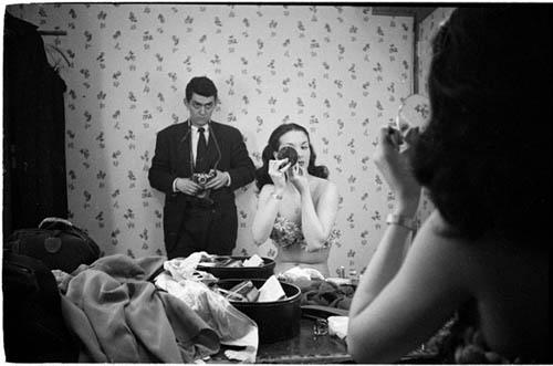 Auto-retratos ao espelho de fotógrafos famosos - Stanley Kubrick