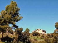 """La Casa Gran de Cal Riera des del Cam´de Merola. Autor: Francesc """"Caminaire"""""""