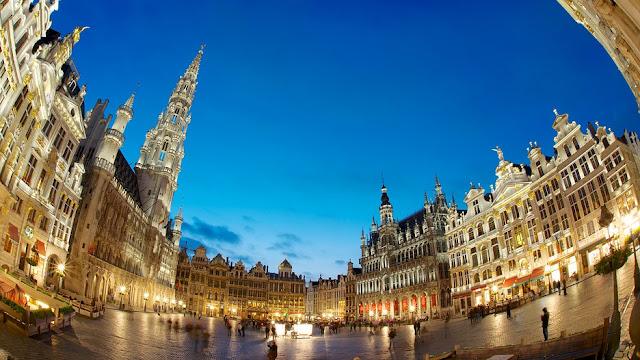 ve may bay di Brussels