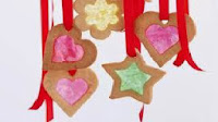 http://homemade-recipes.blogspot.com/2013/11/how-to-make-stained-glass-cookies.html