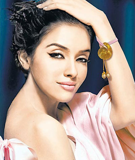 gallerybuzz asin hot pics