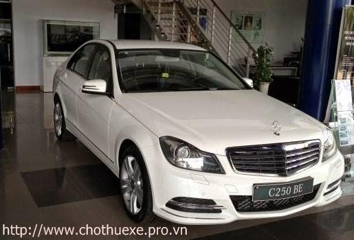Cho thuê xe Mercedes C250 hạng sang