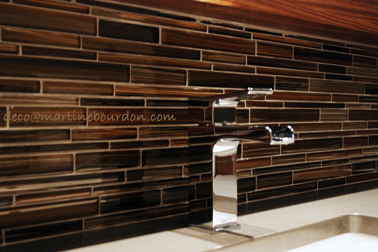 l 39 espace d co p te de verre c ramique et bois tout en harmonie dans la salle de bain. Black Bedroom Furniture Sets. Home Design Ideas