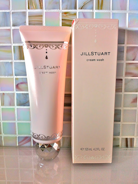 Jill Stuart Cream Face  Wash