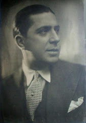 Carlos Gardel (Charles Romuald Gardes) Toulouse, Francia, 11/12/1890 - Medellín, Colombia 24/6/1935