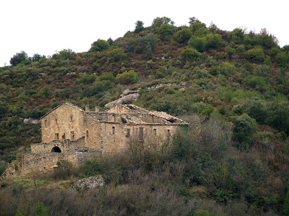 La Serra vista des de l'altra banda del Torrent de Rubió