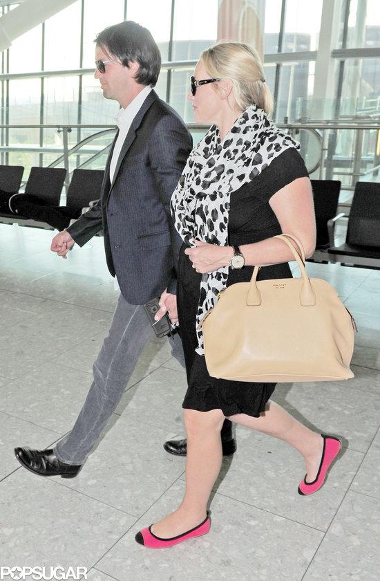 Primeras fotos de Kate Winslet embarazada  963d47ce1aa25f45_XPOSURE_KATE_WINSLET-26_wm.preview_tall