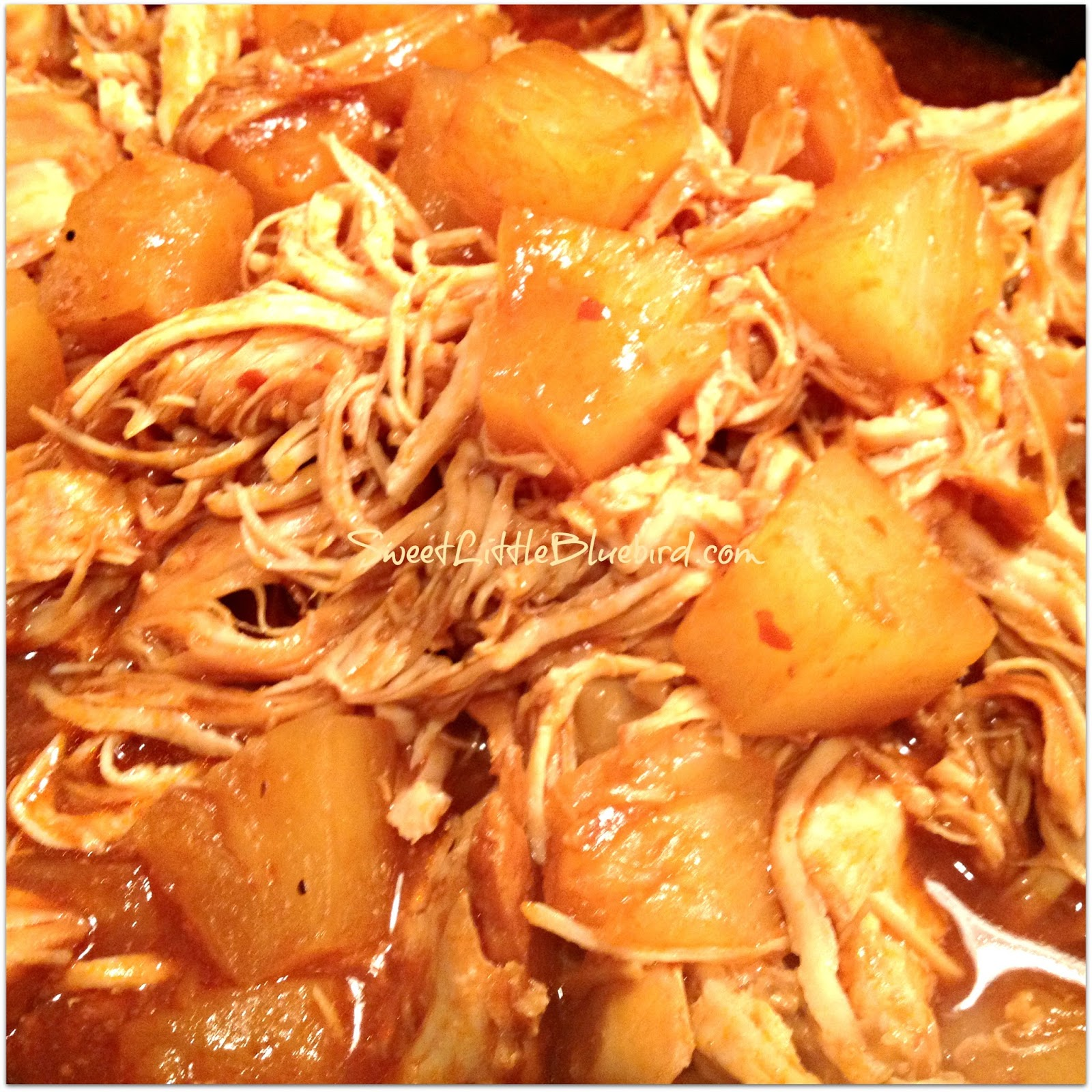 Sweet Little Bluebird: Crock-Pot Barbecue Pineapple Chicken