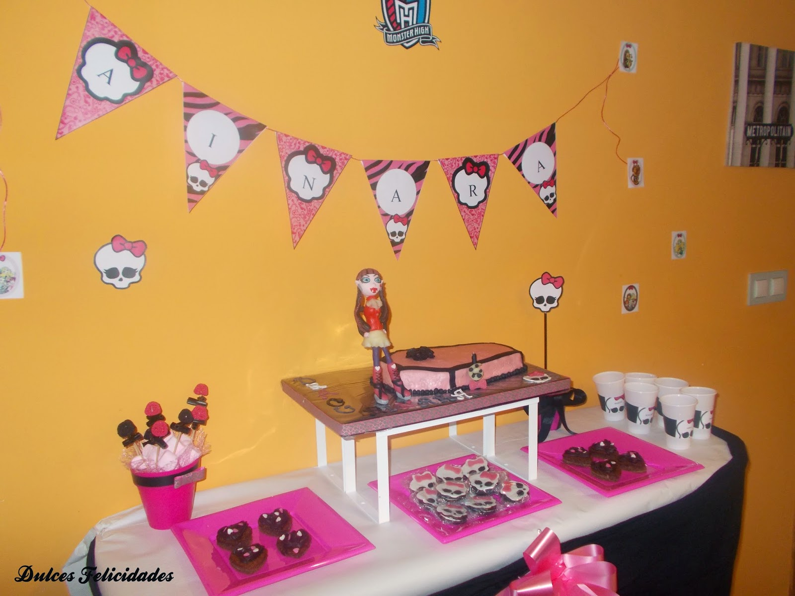 Mesa dulce Monster High