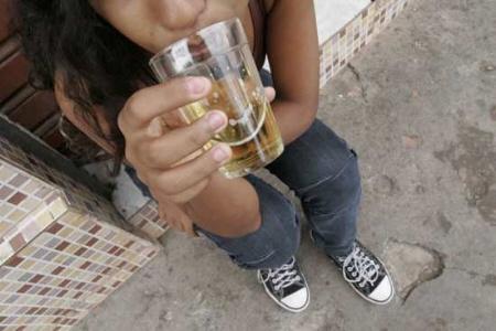 A codificação de álcool em paz