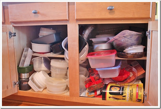 Ez decorating know how how to re organize your kitchen for Ideas organizing kitchen cabinets