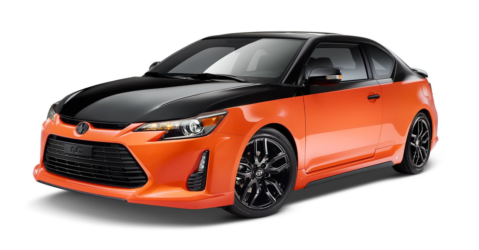 scion gives tc coupe a two tone paint job for rs 9 0. Black Bedroom Furniture Sets. Home Design Ideas