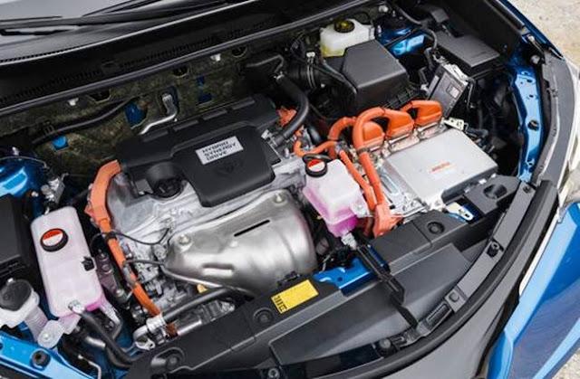 2016 Toyota Rav4 Limited Hybrid Space