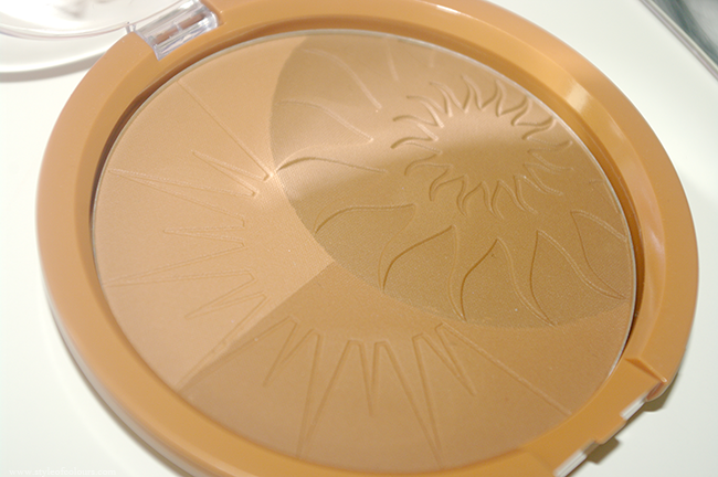 Astor Deluxe Bronzer in 102 Summer Seduction