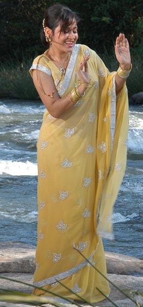 dandu-palyam-movie-heroine-nisha-kothari-stills7