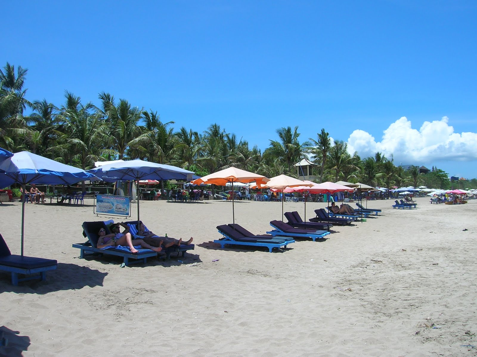 Playa Legian, Legian, Bali, vuelta al mundo, round the world, La vuelta al mundo de Asun y Ricardo